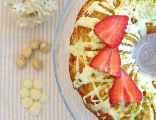 Delicatissima torta cioccolato bianco, nocciole,pistacchio e fragola