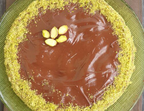 Torta all'acqua al cioccolato senza uova, senza latte, senza glutine.