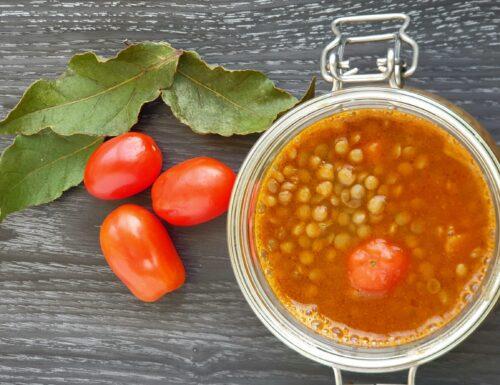 Zuppa di lenticchie al profumo di alloro