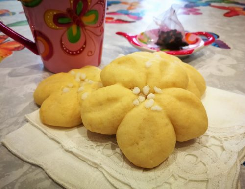 Biscotti morbidi al limoncello