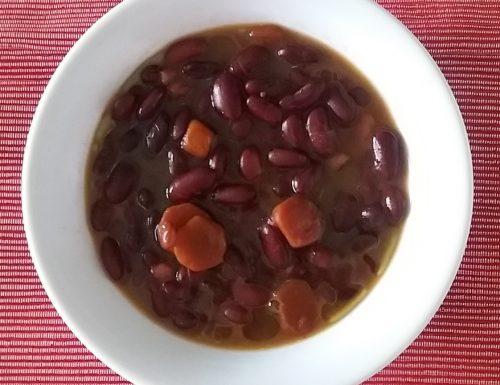 Zuppa di fagioli vellutina e carote