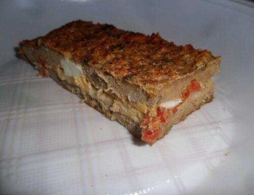 Tortino di carne al forno con mozzarella e salame