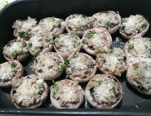 Champignon gratinati al forno