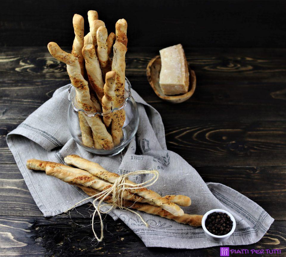 Grissini ricetta con cacio e pepe