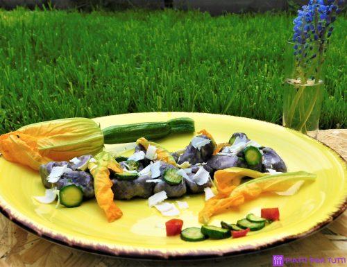 Gnocchi di carote viola con le zucchine