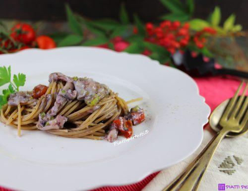Spaghetti con calamaretti