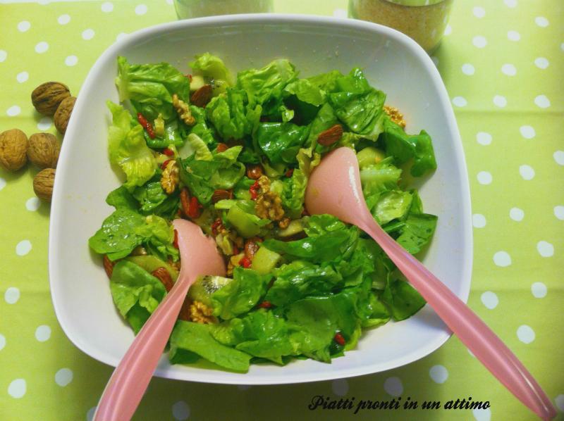 insalata con kiwi
