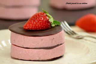 Parfait alle fragole e cioccolato