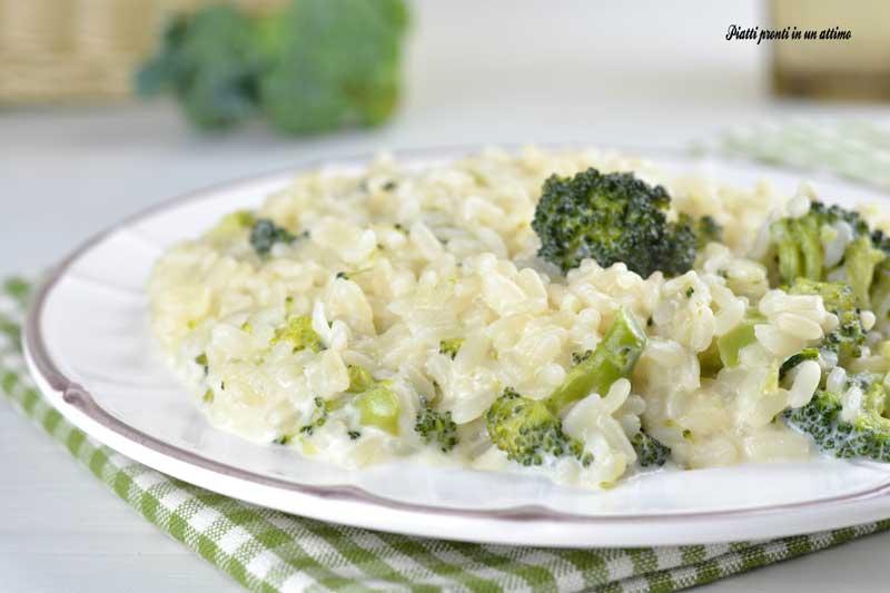 Ricetta Risotto Broccoli.Risotto Broccoli E Philadelphia Piatti Pronti In Un Attimo