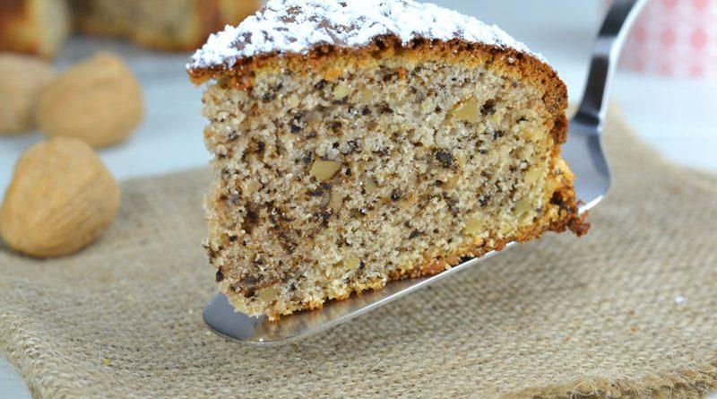 torta alla panna con noci