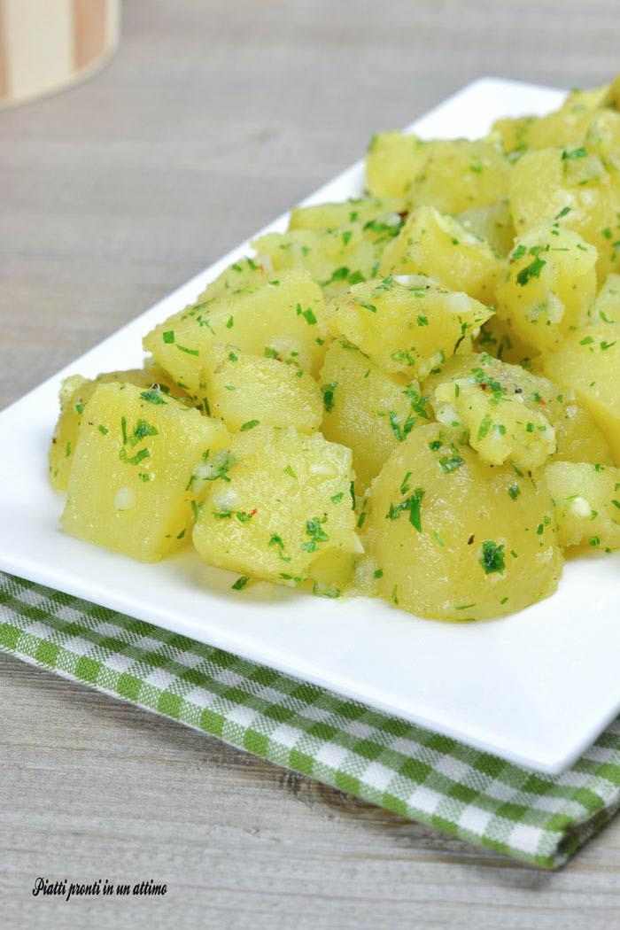 Patate prezzemolate contorno facile e leggero for Quando raccogliere le patate