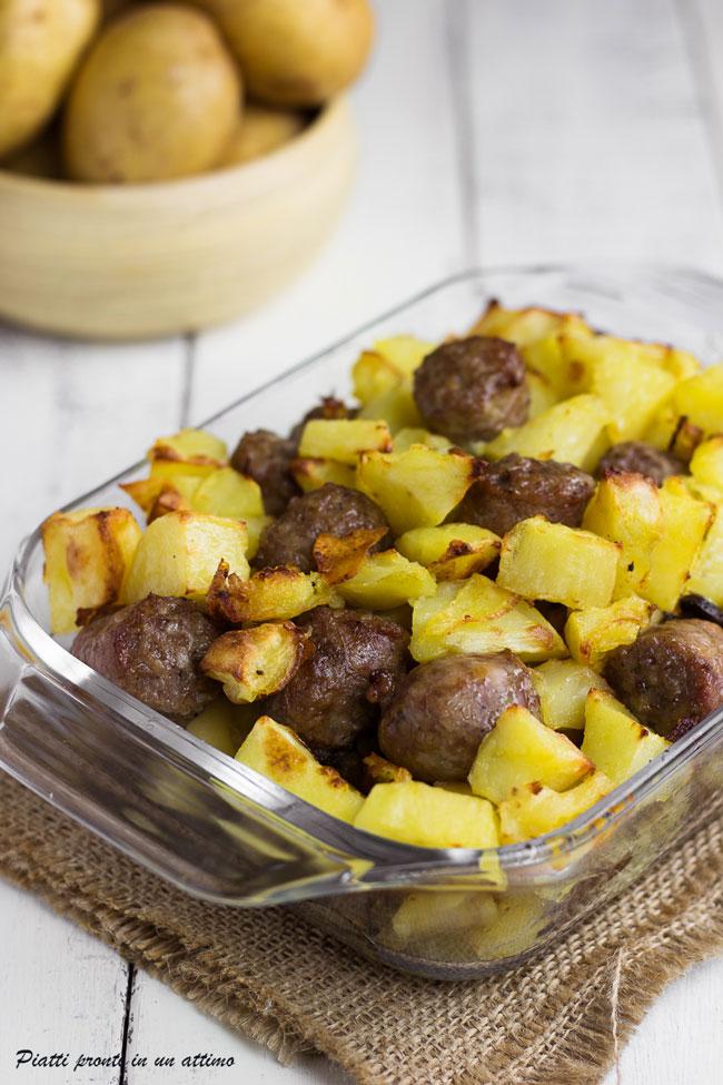 Salsicce al forno con patate e funghi ricetta facile for Quando seminare le patate