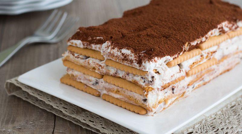 Mattonella di biscotti con ricotta e cioccolato