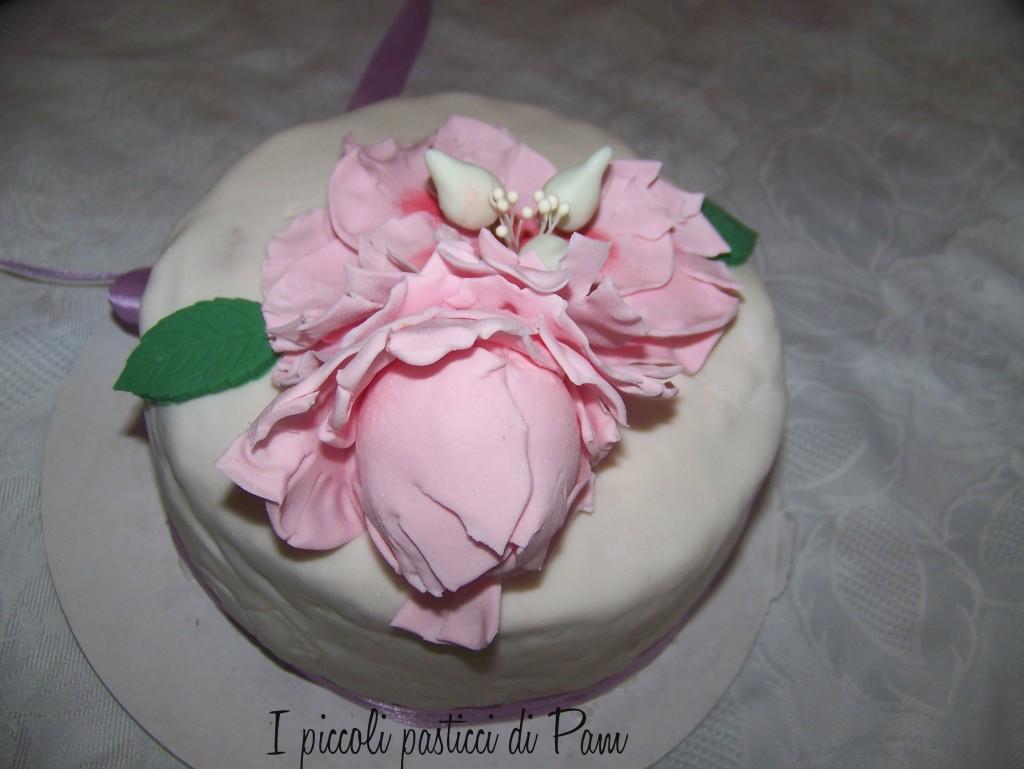 Torta al cioccolato con peonie in pdz per la festa della mamma ricetta al cioccolato I piccoli pasticci di Pam