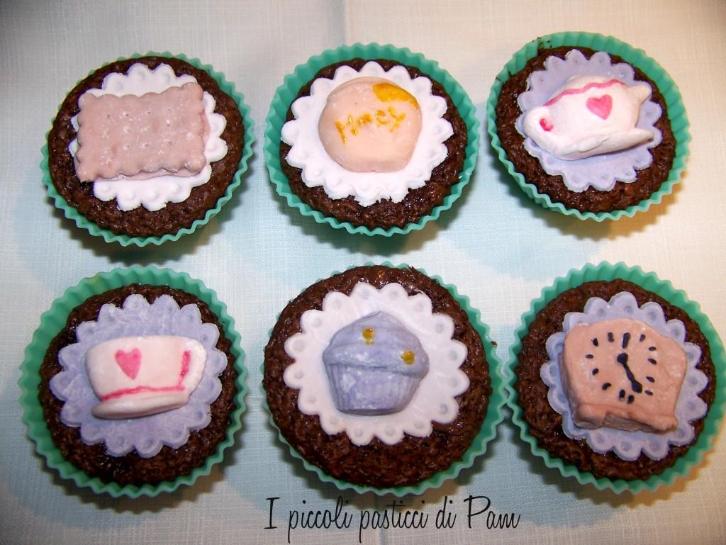 cupcake al cioccolato e nocciole per l'ora del tè ricetta golosa I piccoli pasticci di Pam