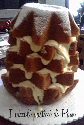 Pandoro farcito con crema al mascarpone e panna ricetta dolce I piccoli pasticci di Pam