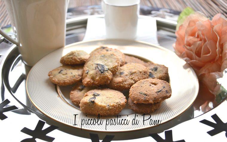 Biscotti al cioccolato e cocco, ricetta dolce