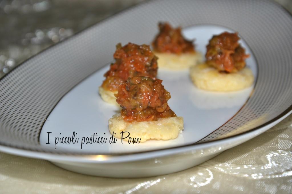 Crema di melanzane e pomodori secchi, ricetta sfiziosa
