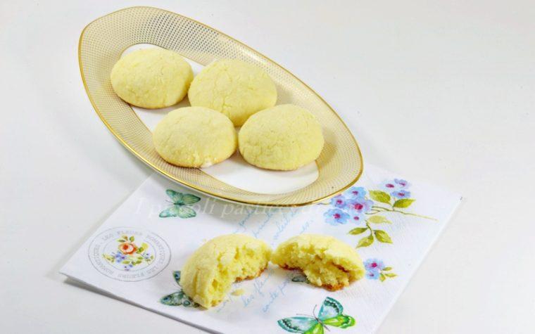 Biscotti al limone, ricetta golosa
