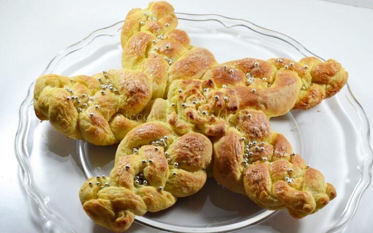 Stella intrecciata di pan brioche, ricetta dolce