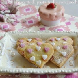 Biscotti di pasta frolla con zuccherini