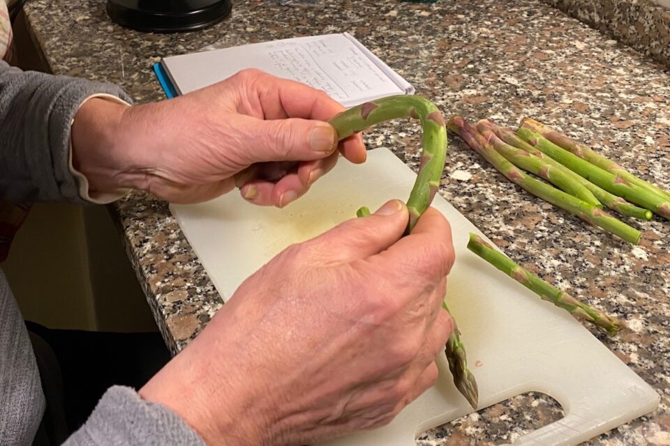 Paccheri con asparagi gamberi e zafferano