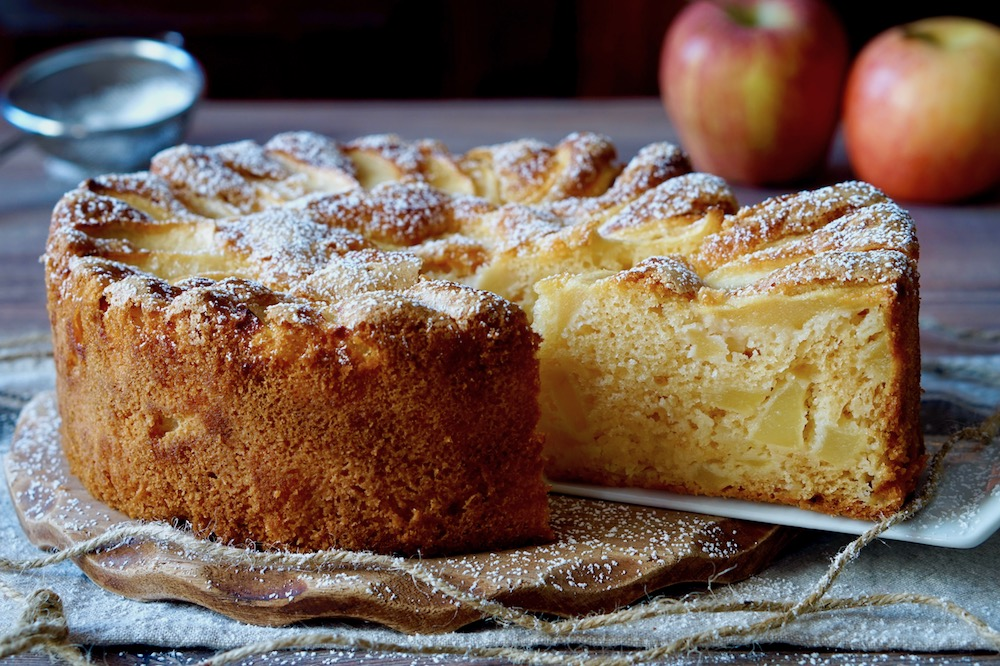 Risultati immagini per torta di mele soffice
