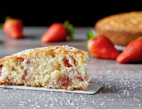 Torta 5 Minuti alle Fragole, Cocco e Mascarpone