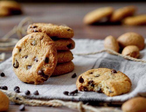Biscotti alle Mandorle e Gocce di Cioccolato