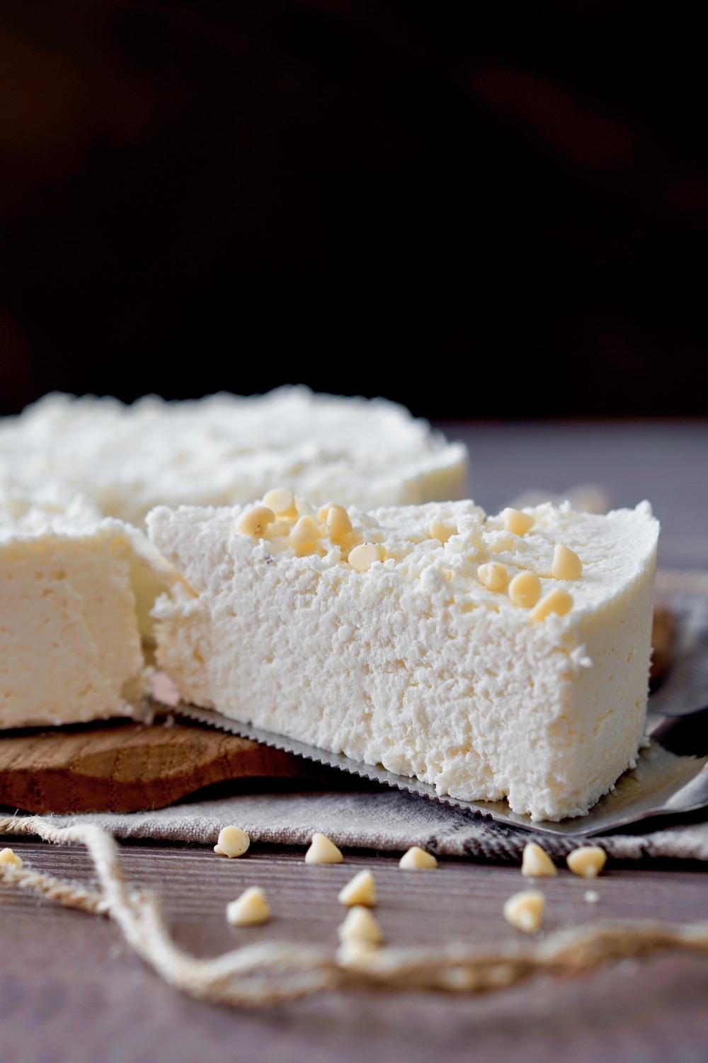 Torta Facilissima al Cocco e Cioccolato Bianco