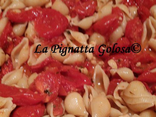 Pasta con Pomodorini e Anacardi