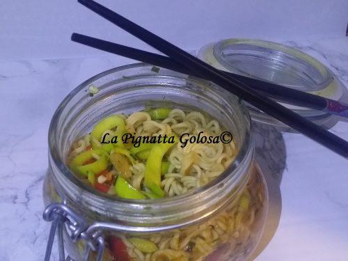Noodles nel barattolo