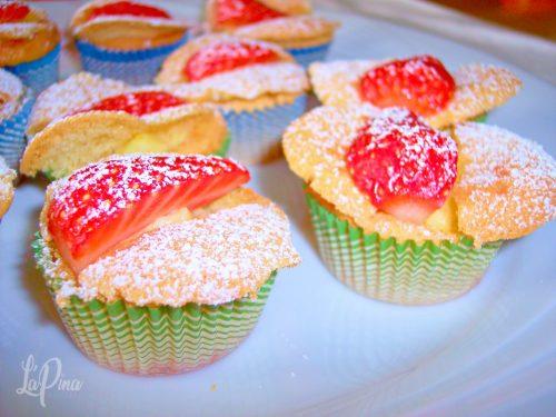 Tortine fragole e crema….come farfalle!