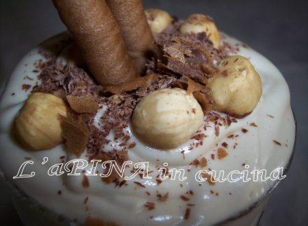 Coppa alla nocciola e cioccolato bianco
