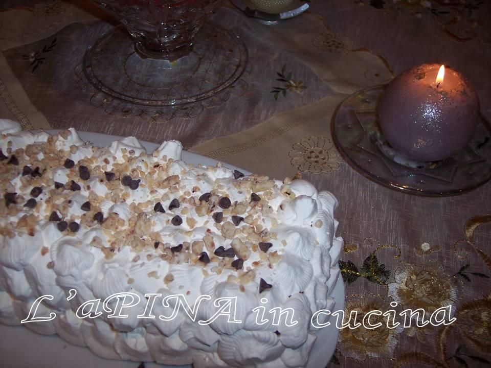 Semifreddo al torrone - ricetta riciclo pandoro