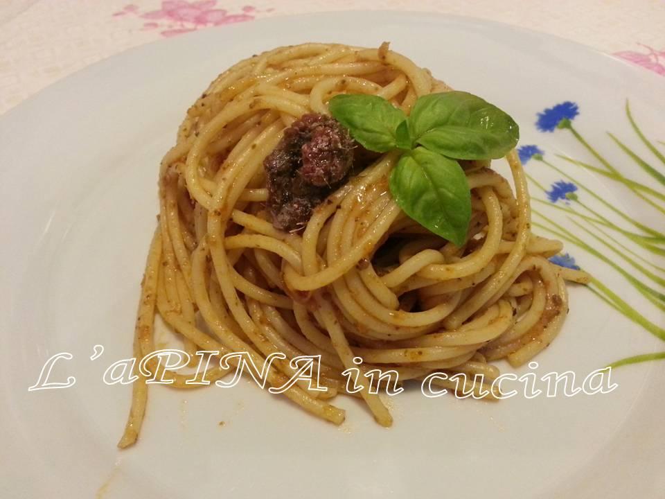 Spaghetti al pesto di pomodori secchi 3