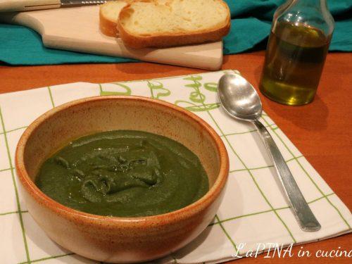 Passato di verdura con spinaci