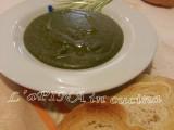 Passato di verdura...ricetta veloce.....ricetta vegetariana...patate e...spuntare le zucchine....spuntare la carota...ricetta pentola a pressione