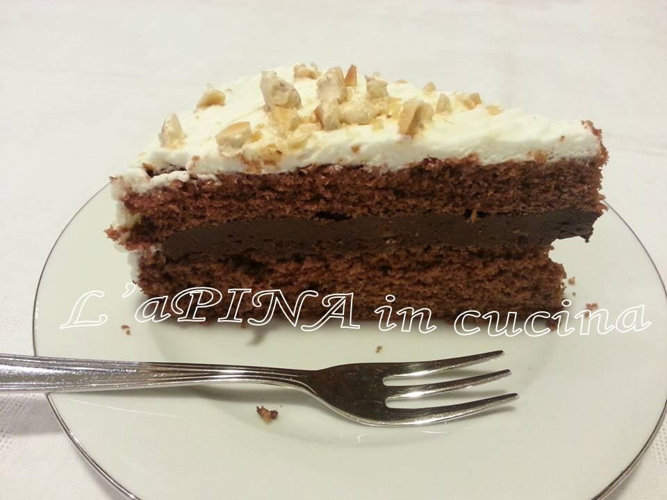 Torta cioccolato e torrone alle mandorle...ricetta passo passo - L'aPINA in cucina