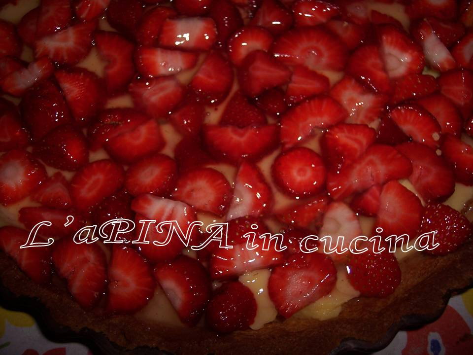 Crostata crema e fragole - L'aPINA in cucina
