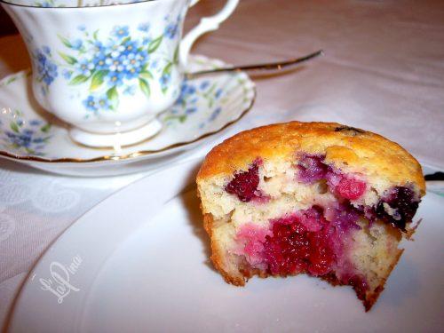 Muffin integrali ai frutti di bosco