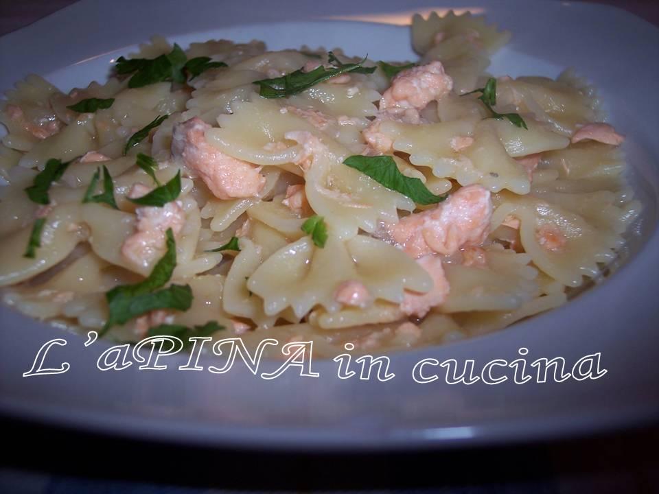 Pasta salmone e panna - ricetta passo passo - L'aPINA in cucina