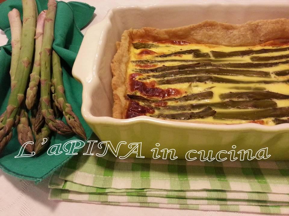 Quiche asparagi e scamorza - L'aPINA in cucina