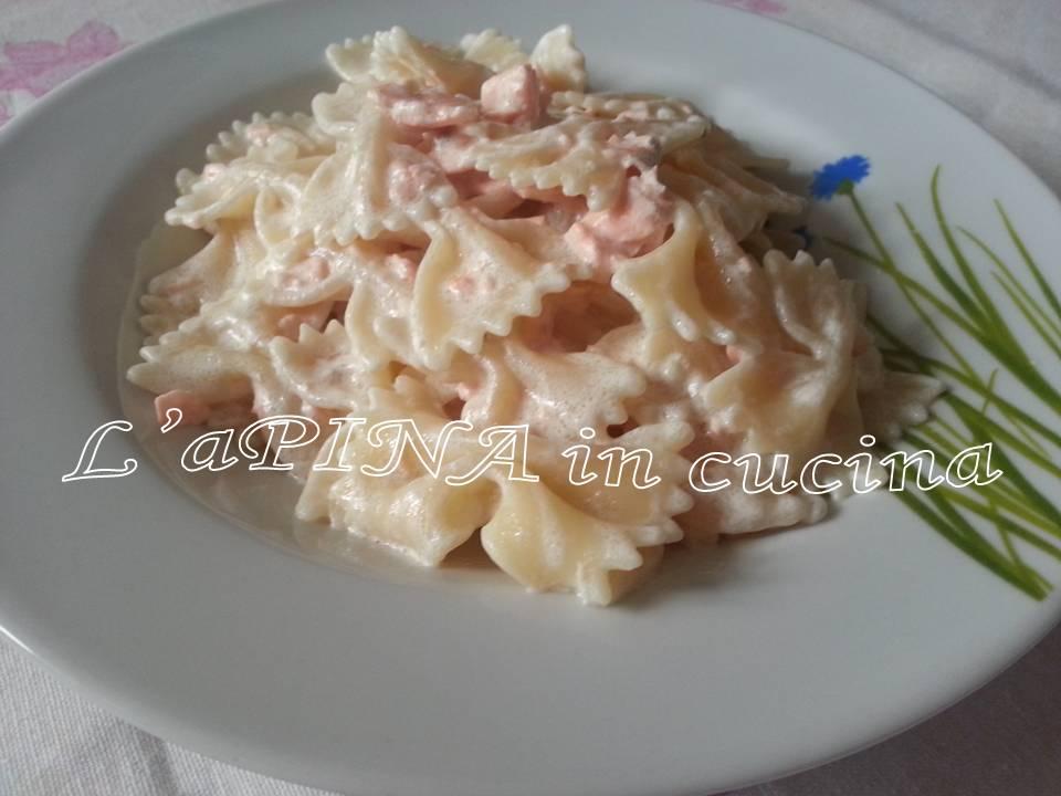Pasta salmone e panna  , L'aPINA in cucina