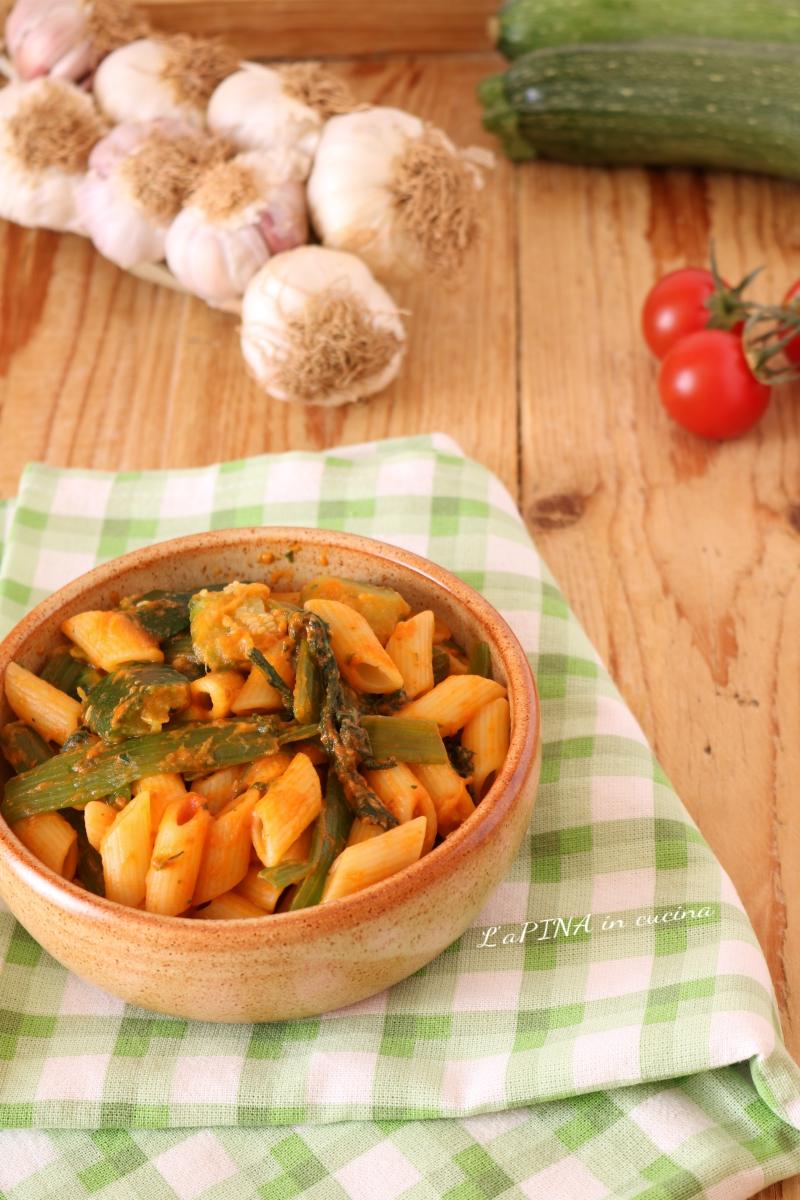 Pasta con i talli di zucchine 1__