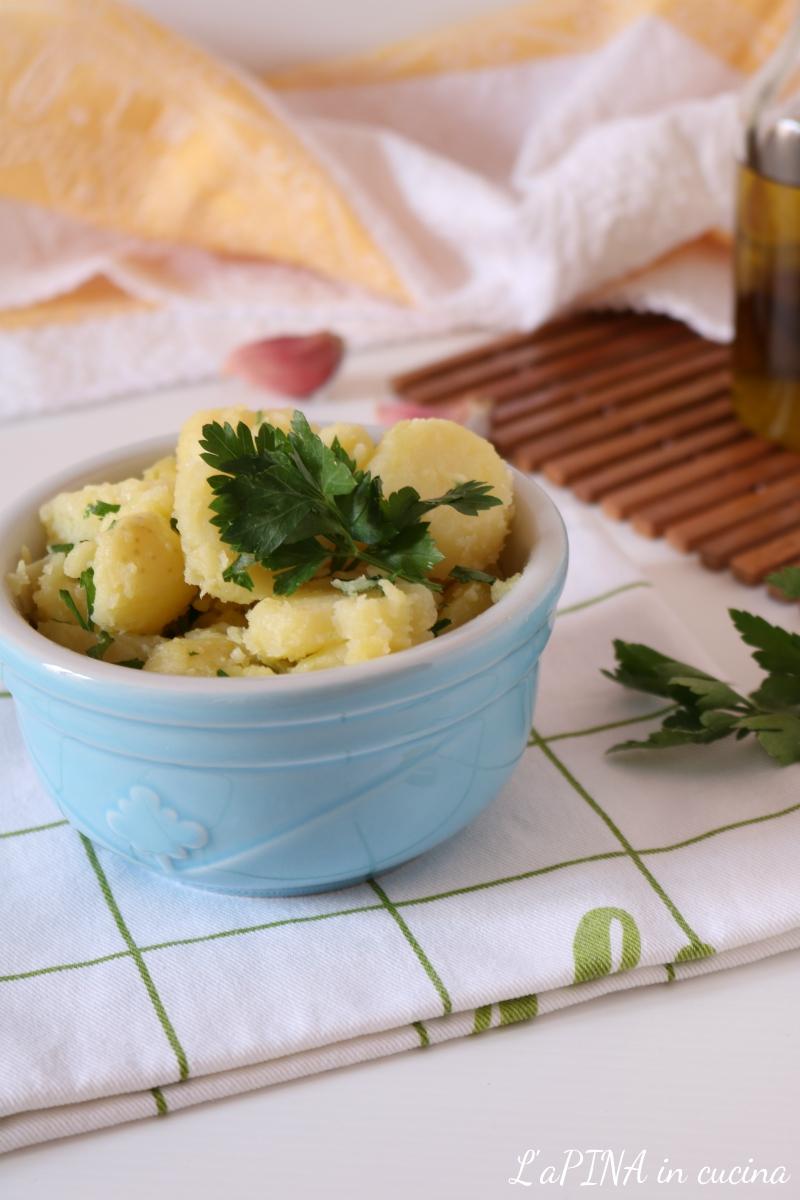 Insalata di patate lesse con prezzemolo e aglio 2_
