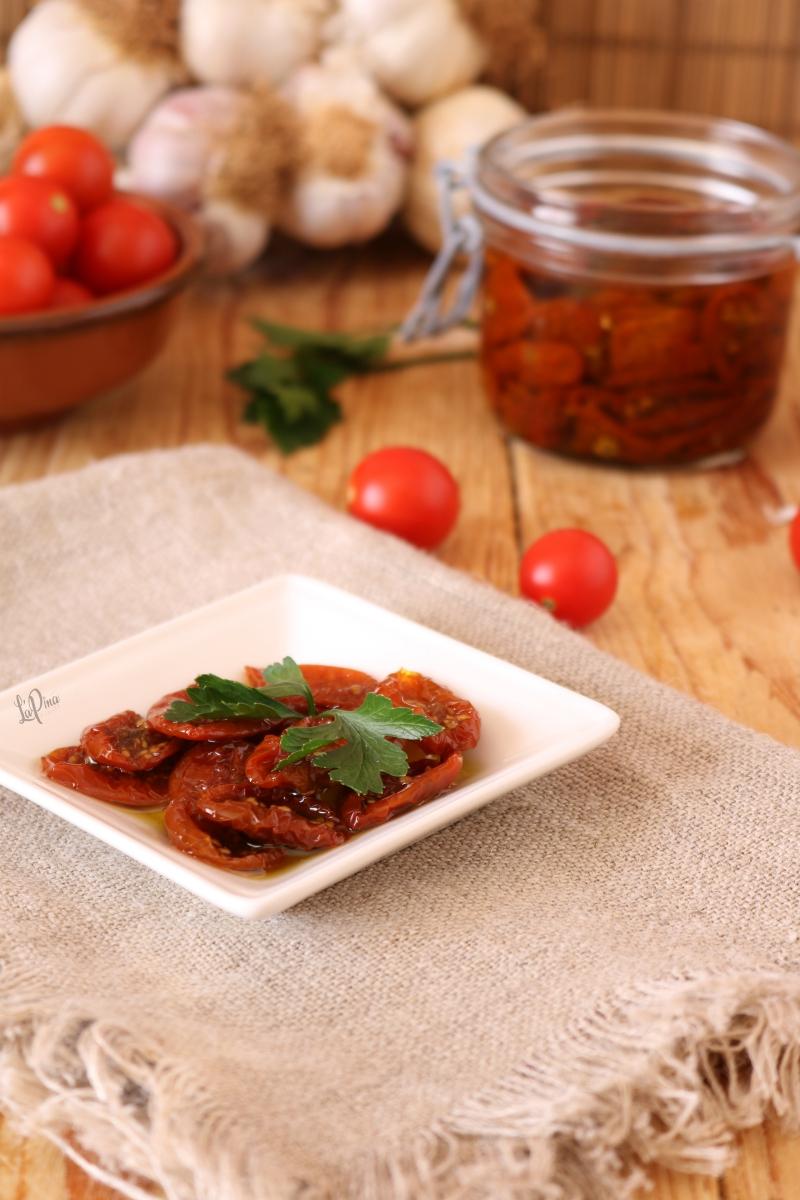 Pomodorini secchi sott'olio 3