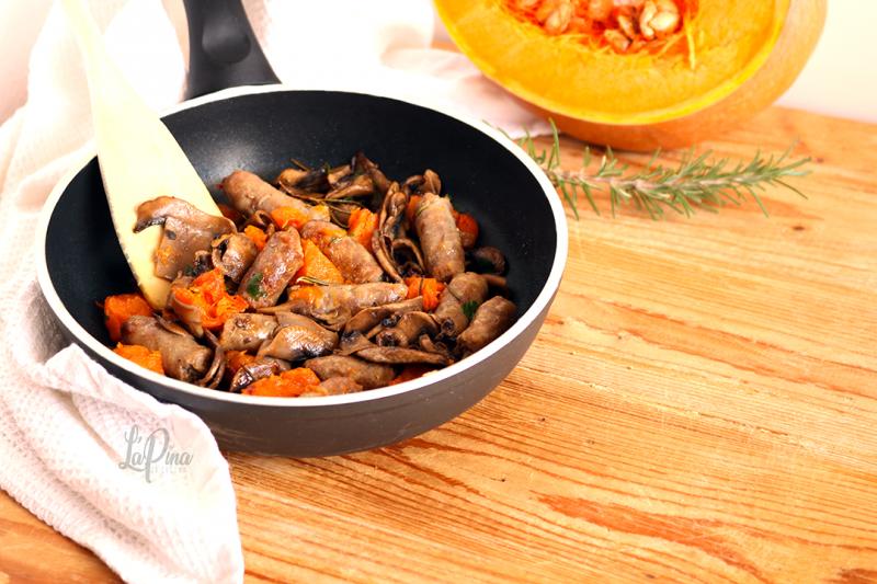 Salsiccia funghi e zucca