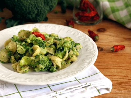 Orecchiette broccoletti e peperoncino