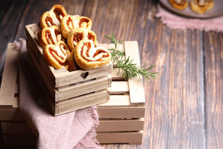 Sfogliatine rosmarino e speck - l'aPina in cucina